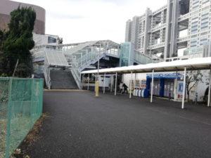 東京テレポート駅のコンビニ(ローソン)