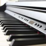 娘にローランドの電子ピアノRP501Rを購入!父親が一人で練習できるアプリも発見!