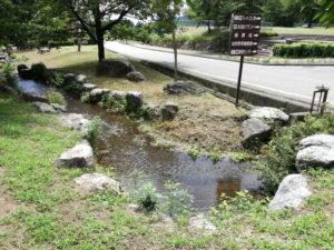 梓川ふるさと公園の水遊び場