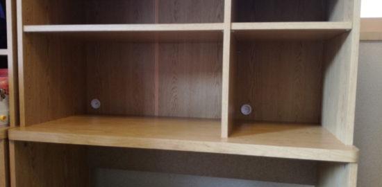 教科書も収納可能で自分の机まであるランドセルラック