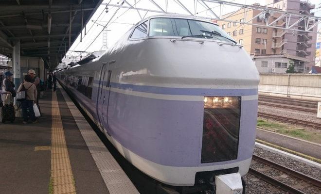 新宿駅~松本駅の特急あずさの割引チケットは金券ショップではなくえきねっとがおすすめ!