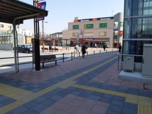 飛田給駅前のマック・セブンイレブン(コンビニ)