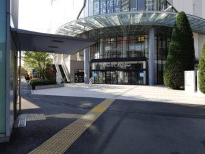 ダイバーシティ東京の入り口